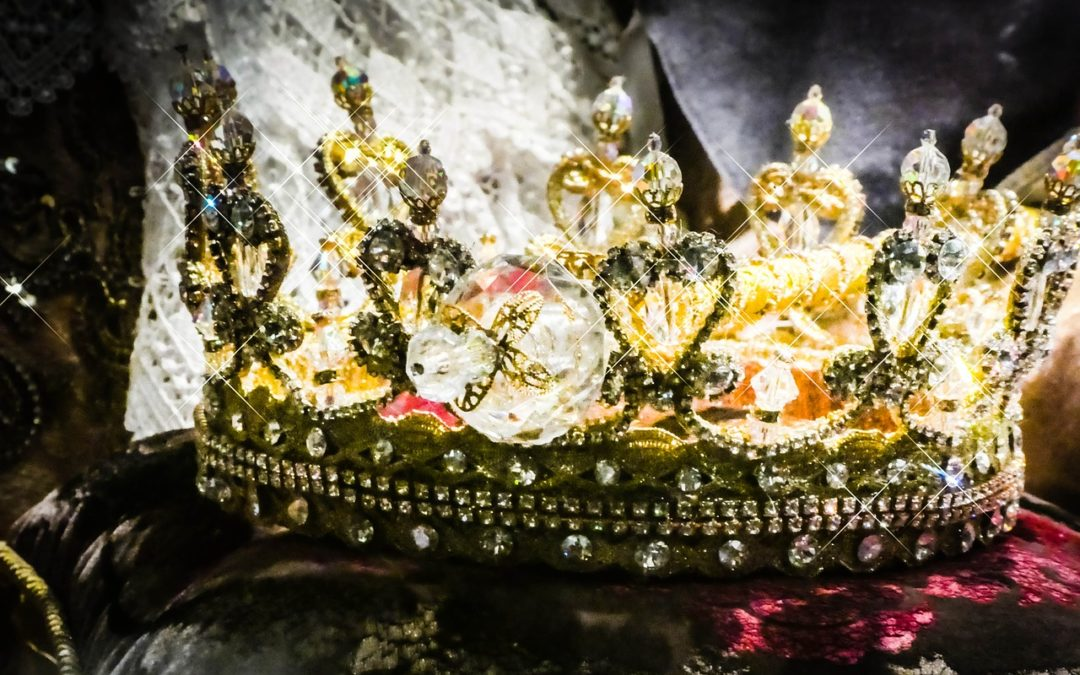 The Fairy-tale of the Crown – By Janet Ossebaard